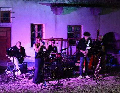 Seven of Swing Live at Feudo
